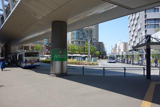 川崎駅西口バスターミナルの写真